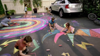 Crayola TV Spot, 'Gifts of Spring' - Thumbnail 9