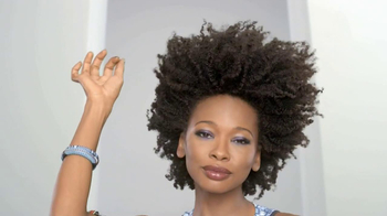 Dark and Lovely Au Naturale TV Spot, 'Unstoppable Curls' - Thumbnail 7