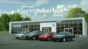 Volkswagen Springtoberfest TV Spot, 'Last One' - Thumbnail 8