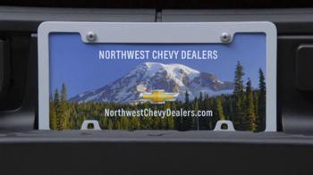 2013 Chevrolet Equinox LS TV Spot, 'Ice Pack' - Thumbnail 9