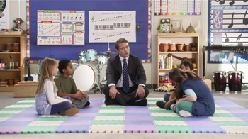 AT&T TV Spot, 'Pickle Roll' Featuring Beck Bennett - Thumbnail 4
