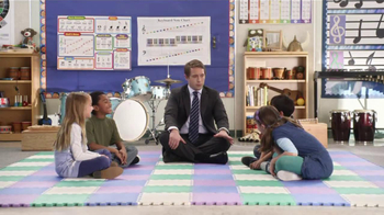 AT&T TV Spot, 'Pickle Roll' Featuring Beck Bennett - Thumbnail 9
