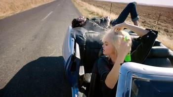 Garnier Fructis Volume Extend TV Spot, 'Fast' - Thumbnail 4