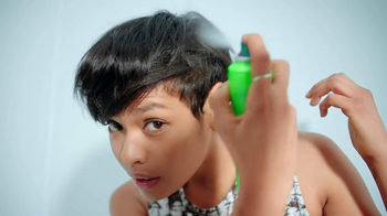 Garnier Fructis Volume Extend TV Spot, 'Fast' - Thumbnail 5