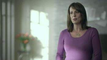 Jenny Craig TV Spot 'Leah: Photos' Song Katrina and the Waves - Thumbnail 1