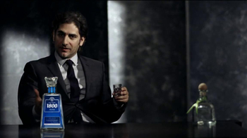 1800 Tequila Silver TV Spot, 'Kick Back' Featuring Michael Imperioli - Thumbnail 4