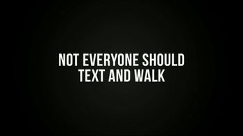 Stop the Texts, Stop the Wrecks TV Spot, 'Texting and Walking' - Thumbnail 4
