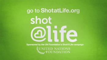 United Nations TV Spot, 'Shot at Life' Featuring Amanda Peet - Thumbnail 7
