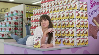 Skinny Cow Divine Filled Chocolates TV Spot, 'Massage' - Thumbnail 7