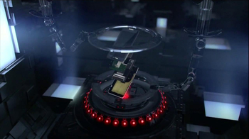 Motorola Droid Razr Maxx HD TV Spot, 'Droid Endurance' Song by Contrakids - Thumbnail 2
