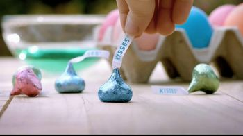 Hershey's Kisses TV Spot, 'Easter Kisses' - Thumbnail 6