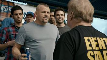 Miller Lite TV Spot, 'Crew' Featuring Chuck Liddell - Thumbnail 10
