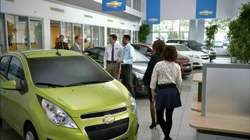 2013 Chevrolet Cruze LS TV Spot, 'MPG Enginuity' - Thumbnail 2