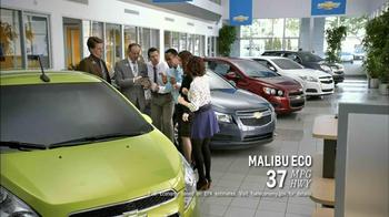 2013 Chevrolet Cruze LS TV Spot, 'MPG Enginuity' - Thumbnail 4