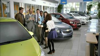 2013 Chevrolet Cruze LS TV Spot, 'MPG Enginuity' - Thumbnail 6