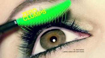 CoverGirl Clump Crusher TV Spot, 'Lash Addict' Featuring Sofia Vergara - Thumbnail 8