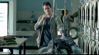 Butterfinger TV Spot, 'Laundromat Ninja' - Thumbnail 1