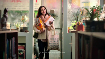 Purina Cat Chow Healthy Weight TV Spot, 'Bookstore' - Thumbnail 6