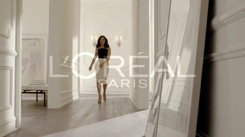 L'Oreal Excellence Creme Black Richesse TV Spot, 'Indulge' Feat. Julianna Margulies - Thumbnail 5