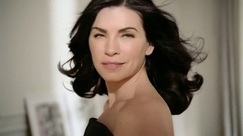 L'Oreal Excellence Creme Black Richesse TV Spot, 'Indulge' Feat. Julianna Margulies - Thumbnail 9