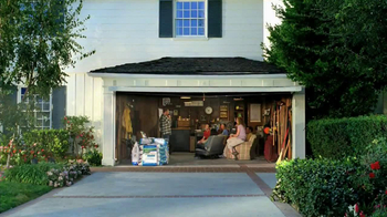 Scotts Grass Seed with WaterSmart Plus TV Spot, 'Neighbor Meeting' - Thumbnail 1