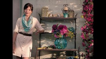 TJ Maxx TV Spot, 'Vase Difference' - 631 commercial airings