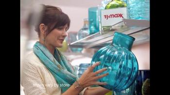 TJ Maxx TV Spot, 'Vase Difference' - Thumbnail 3