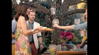 TJ Maxx TV Spot, 'Vase Difference' - Thumbnail 7