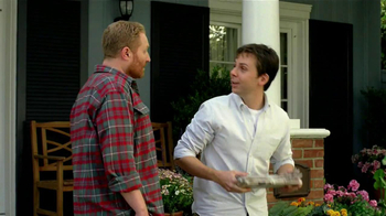 Scotts Turf Builder Lawn Food TV Spot, 'Feed Us!' - Thumbnail 1