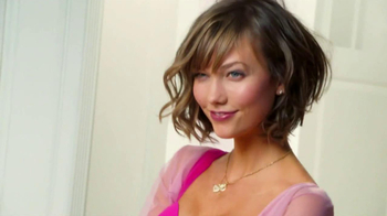 Victoria's Secret Getaway Bag TV Spot Featuring Karlie Kloss - Thumbnail 6