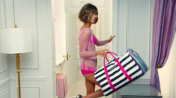Victoria's Secret Getaway Bag TV Spot Featuring Karlie Kloss - Thumbnail 7