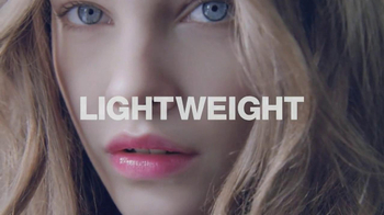 L'Oreal Colour Caresse TV Spot, 'The Wet Look' Featuring Barbara Palvin - Thumbnail 9