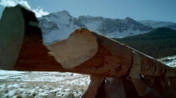 Coors Banquet TV Spot, 'Log Cabin' - Thumbnail 6