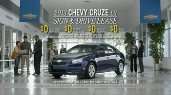 2013 Chevrolet Cruze LS TV Spot, 'Road Trip Test Drive' - Thumbnail 9