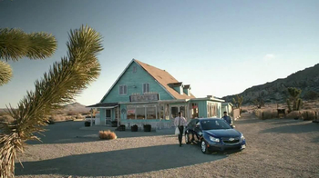 2013 Chevrolet Cruze LS TV Spot, 'Road Trip Test Drive'