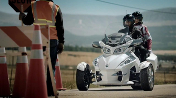 Can-Am Spyder TV Spot  - Thumbnail 2
