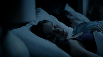GoodNites Disposable Bed Mats TV Spot, 'Aquarium' - Thumbnail 4