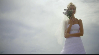 David's Bridal Savings In Bloom TV Spot - Thumbnail 4