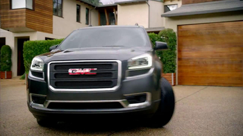 2013 GMC Acadia SLE-1 TV Spot, 'Backseat Dog' Song by Lenka - Thumbnail 7