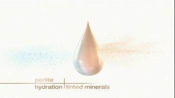 Garnier BB Cream Skin Renew Miracle Skin Perfector TV Spot  - Thumbnail 6