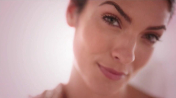 Dial Skin Therapy Replenishing Body Wash TV Spot  - Thumbnail 3