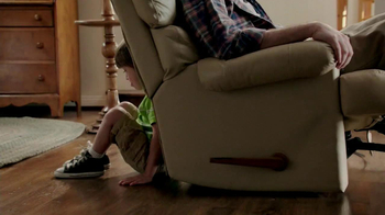 Odor-Eaters Foot & Sneaker TV Spot, 'Asleep in the Recliner' - Thumbnail 2
