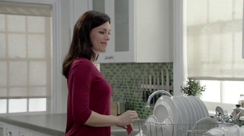 Dawn with Active Suds TV Spot, 'Spaghetti Bowls' - Thumbnail 9