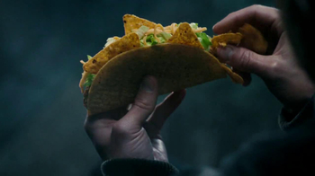 Taco Bell Cool Ranch Doritos Locos Tacos TV Spot, 'Splashed by a Truck'  - Thumbnail 5