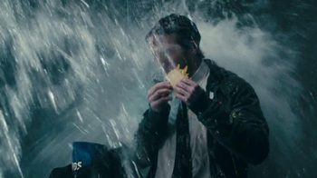 Taco Bell Cool Ranch Doritos Locos Tacos TV Spot, 'Splashed by a Truck'  - Thumbnail 6