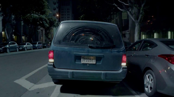 Firestone Complete Auto Care TV Spot, 'Parallel Parking' - Thumbnail 4