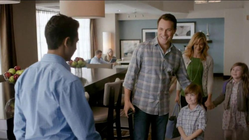 Hampton Inn & Suites TV Commercial, 'Hamptonality'