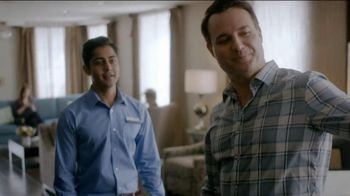 Hampton Inn & Suites TV Spot, 'Hamptonality' - Thumbnail 4