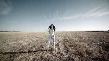 Garnier Fructis Hydra Recharge TV Spot, 'Desert'