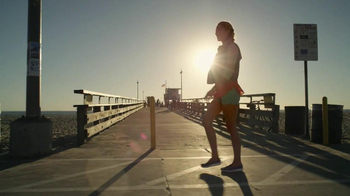 Skechers Go Walk TV Spot, 'From Sun Up to Sun Down' Song by Rizzle Kicks - Thumbnail 7